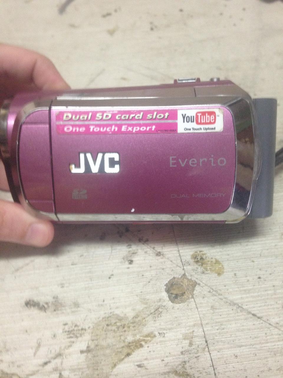 видеокамера_JVC_GZ-MS120PER_1