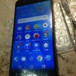 Ремонт смартфона Asus zc520tl, меняем дисплейный модуль.