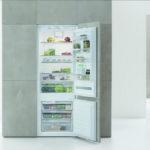 Вместительный холодильник Whirlpool Space 400