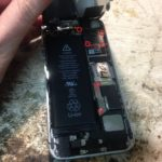 Замена аккумулятора iphone 5s своими руками.