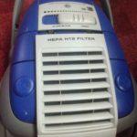 Замена двигателя, если при включении пылесоса запах гари.