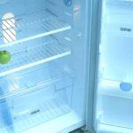 Почему громко шумит холодильник